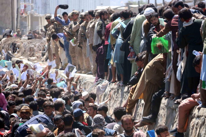 Afghanistan, ressa all'aeroporto di Kabul